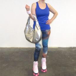 silver vinyl shoulder bag purse tasche designerhandtasche