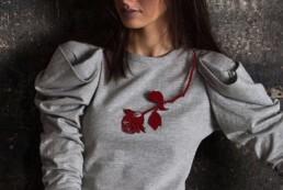 blood red rose collier necklace with thorns rote rose dornen stachel schmuck halsschmuck
